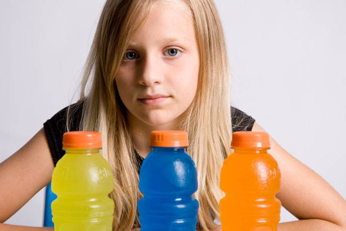 girl and sports drinks